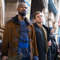 jamie-foxx-as-little-john-and-taron-egerton-in-robin-hood-2018-ew-2932x2932_1__1__1_.jpg