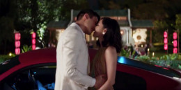 landscape-1524179983-crazy-rich-asians-teaser-1524158064-1_1_.jpg