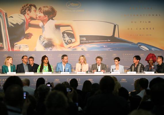 press_conference.jpg