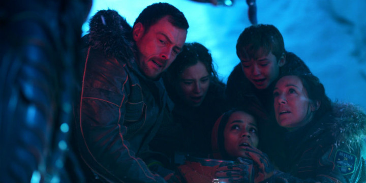 tvreview-lostinspace-robinsons_1_.jpg