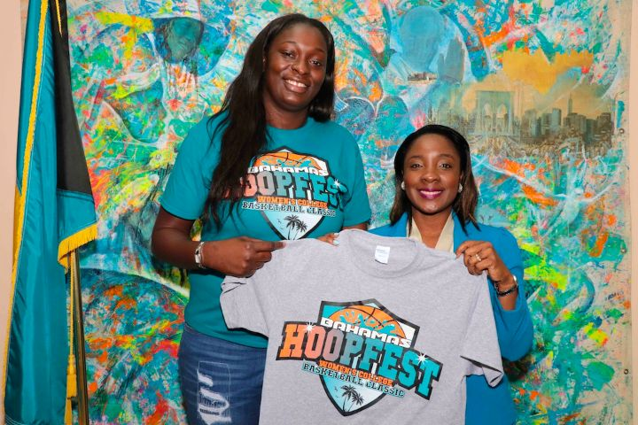 Basketball_Standout_Waltiea_Rolle_and_Minister_of_Youth__Sports_and_Culture_Lanisha_Rolle.jpg