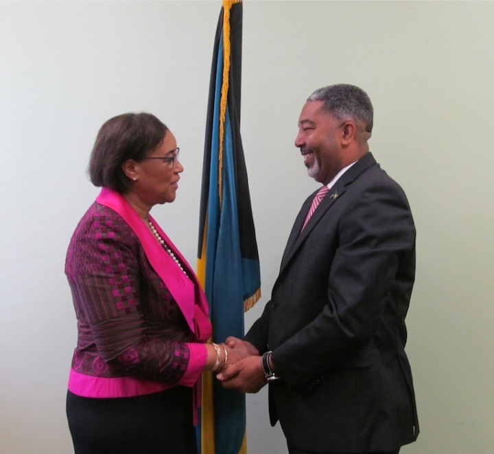 Commonwealth_Secretary_General_Greets_Minister_of_Social_Services-2.jpg