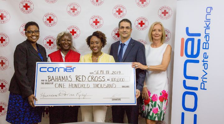 Corner_Bank_check_presentation_at_the_Bahamas_Red_Cross_-_Tanya_McCartney__Terez_Carey__Christine_Russell__Birgit_Ludig-Dridi__Maura_Casu.jpg