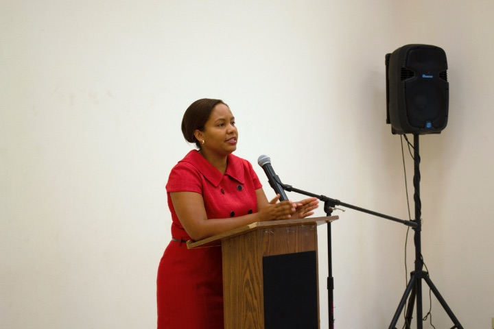 Davinia_Blair_at_Crown_Land_Seminar.jpg