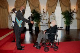 Godfrey_Kenneth_Kelly__r__Knighted_at_Government_House_1.jpg
