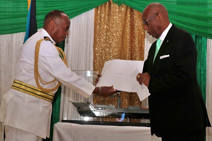 Governor_General_HE_the_Most_Hon._Cornelius_A._Smith__right__and_Commodore_King_During_RBDF_Change_of_Command.jpg