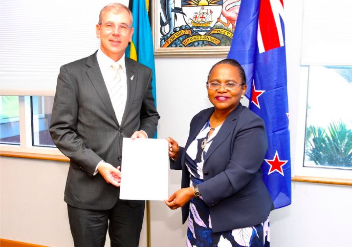 New_Zealand_High_Commissioner_Designate_Anton_Ojala_and_DG_Foreign_Affairs_Sharon_Brennen_Haylock_1_.jpg