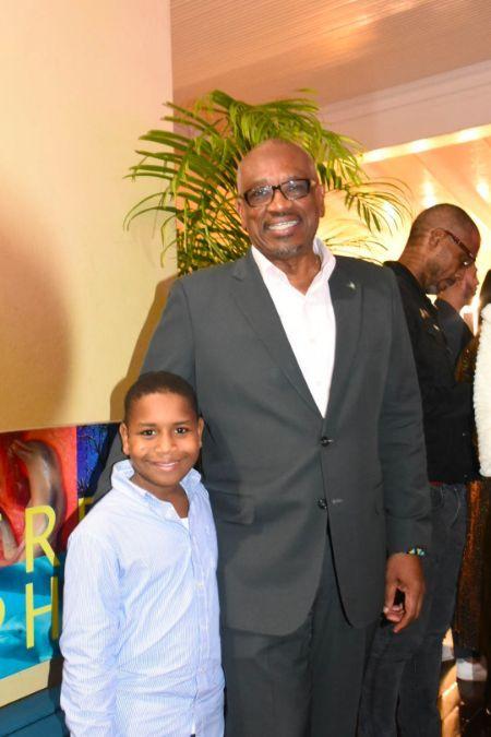 PM_and_Grandson_at_Dorian_Exhibit_at_NAGB.jpg