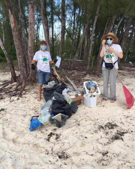 Patrizia_Palmarini_and_Jill_Cooper_________with_their_haul_of_marine_debris_from_Fortune_Beach_for__International________Coastal_Cleanup_Dayj.jpg