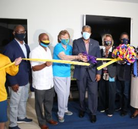 RIBBON_CUTTING_1__1.jpg