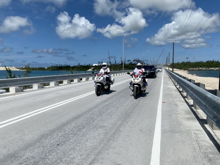 Riding_on_the_new_bridge.jpg
