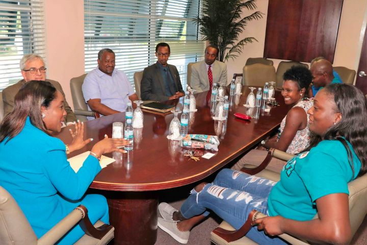iYes_Foundation_and_Tourism_to_Present_Inaugural__Bahamas_Hoopfest__.jpg