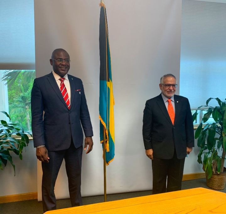 High_Commissioner_Reuben_Rahming__left__and_Secretary_General_Rodolfo_Sabonge.jpg