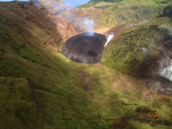Image_of_La_Soufriere_Dome_in_SVG_Jan_6_2020.jpg