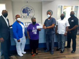 Oaktree_Medical_Donates_20K_for_Jonique_E._Webb_Community_Youth_Center_1_.jpg