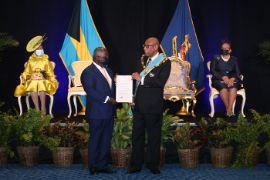 Prime_Minister_Davis__left__Presented_Instrument_of_Appointment.jpg