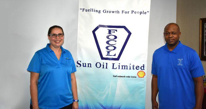 Sun_Oil_Limited_and_Bahamas_Aquatics_1_.jpg