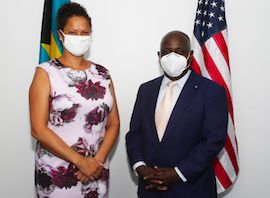 US_Embassy_Charge_d_Affaires_Usha_Pitts_and_Opposition_Leader_Philip_Davis_1.jpg