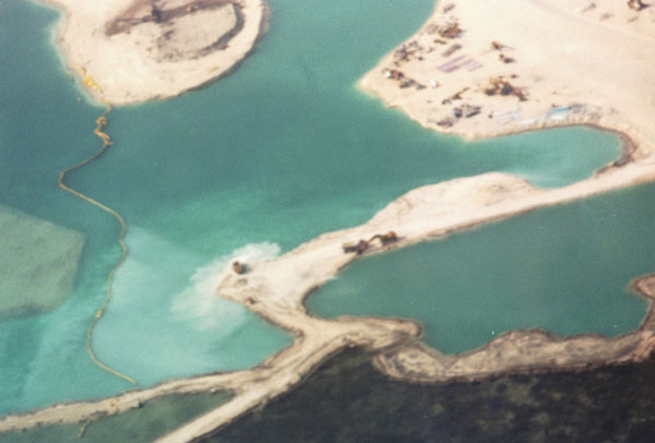 TWO-Dredging-without-silt-curtains-at-Bimini-Bay.jpeg.jpg