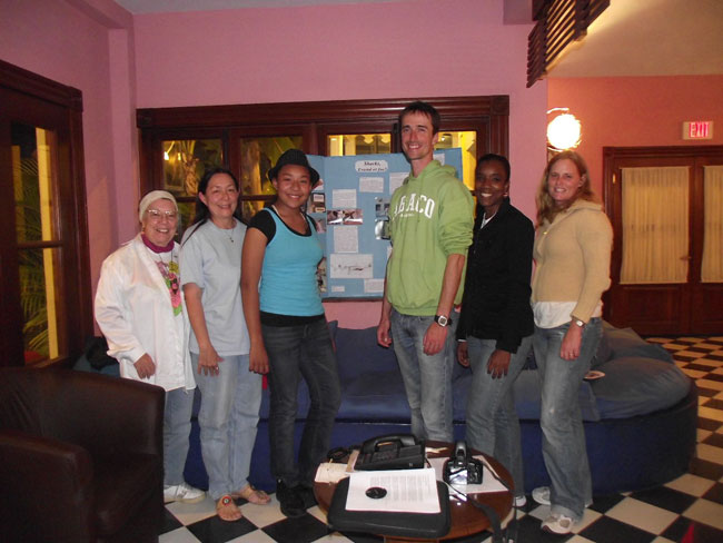 L-R-Phyllis-Gibson_-Gail-Woon_-Candice-Woon_-Pierre-Cousteau_-Tamica-Rahming_-Shelley-Cant.jpg