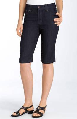 A-Bermuda-Shorts---about.com.jpg