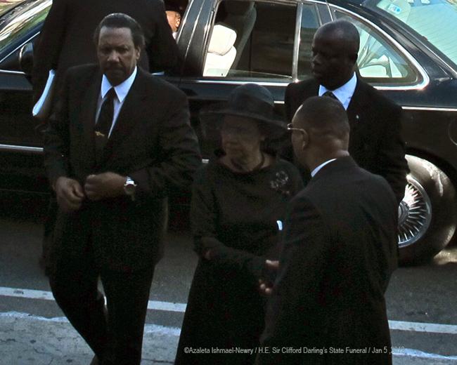 SCD-Funeral-Lady-Darling-is-greeted-by-Rev-Morrison-by-Azaleta-0657.jpg
